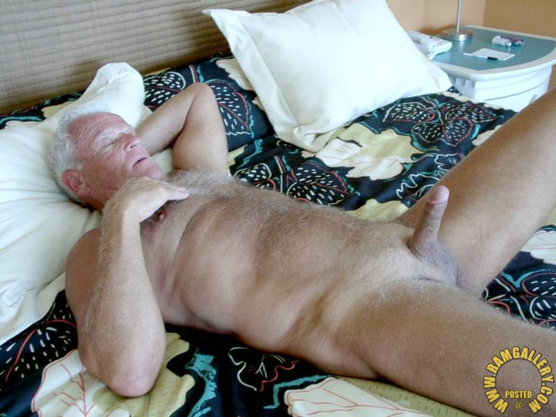 Daddy Silver Hairy Naked Men