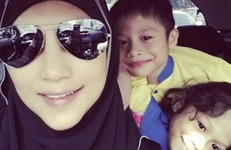 Ziana Zain Mungkin Akan Tinggalkan Pentas Lakonan