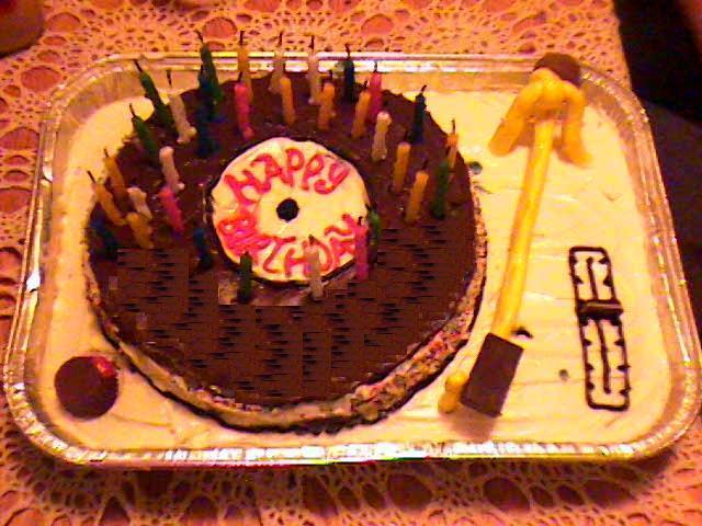 Поздравления с днем рожденьем диджеев