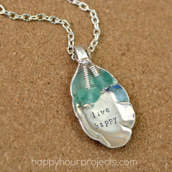 how to make st and embellish a recycled spoon pendant