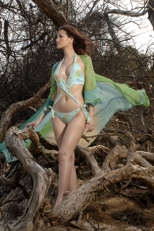 Maya - Celebrities Profile - Gallery