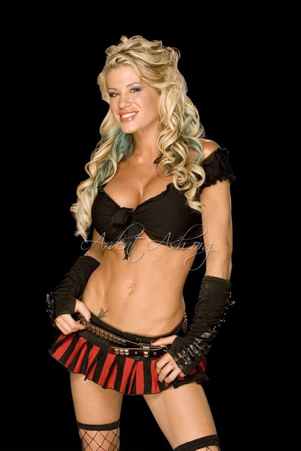 Female Wrestling - Ashley Massaro