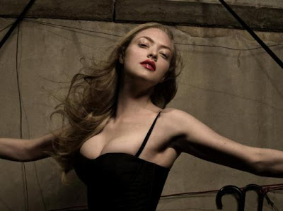 Amanda Seyfried Hot