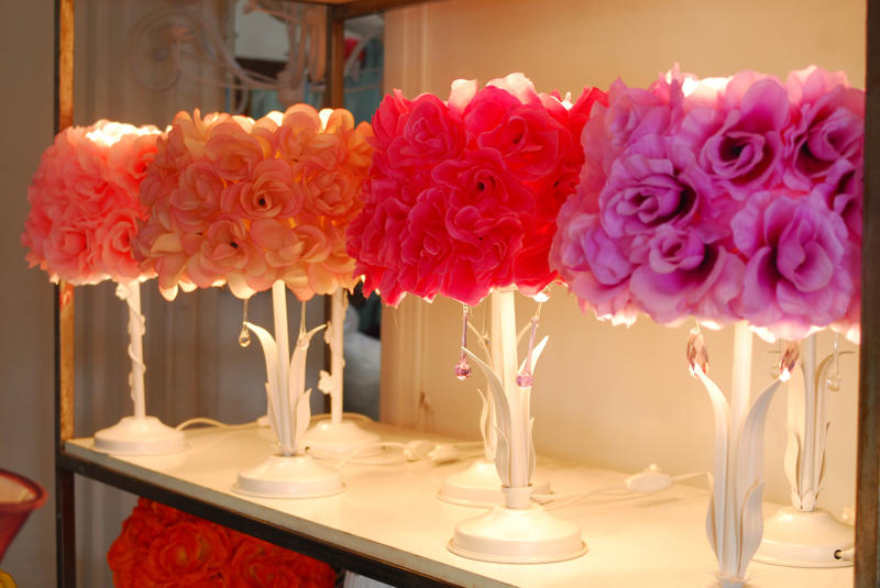 Puro amor decoraci n dise o y arte l mparas con flores - Lamparas y decoracion ...