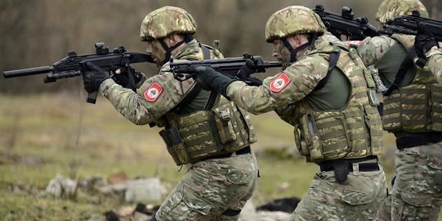 Forças Especiais dos EUA treinamentos e abusos