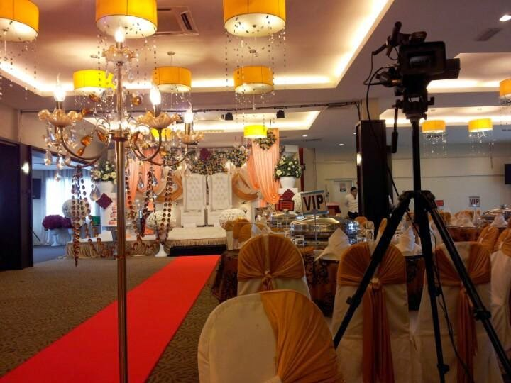 malay wedding chandelier