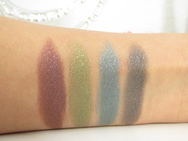 High Performance Metallic Duo Eyeshadows Swatches 010 Self-Expression und 030 Neo-Seduction