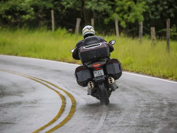 10 dicas para usar moto com segurança