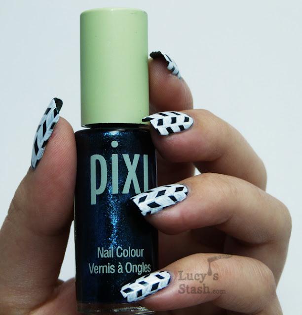 Lucy's Stash - Jonqal pattern nail art