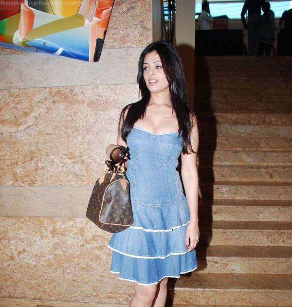 angie varona dress - photo #16