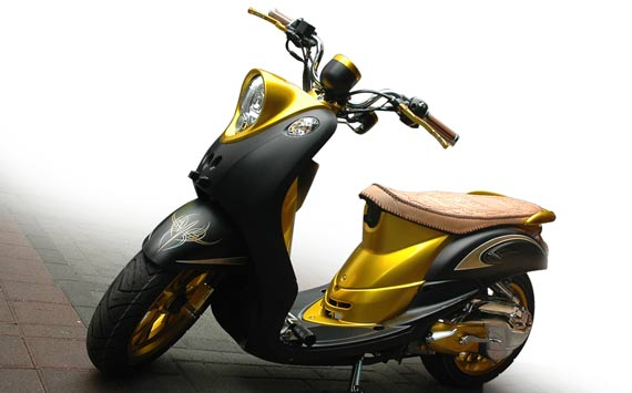 Modifikasi Yamaha Mio Fino Retro Low Rider Reviewed by SOME on Rating  title=