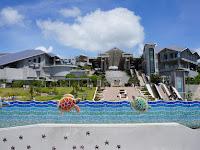 Okinawa Churaumi Aquarium ; the Second Largest Aquarium in the World