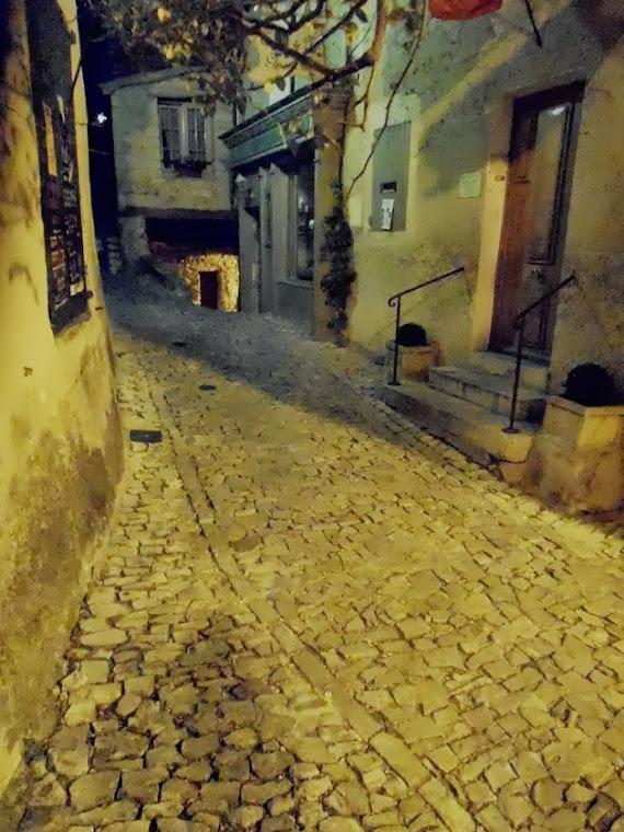 Nocturne à Séguret -  rue des Poternes
