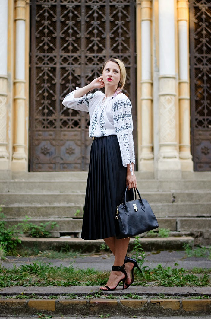 romanian label blouse ie pleated skirt