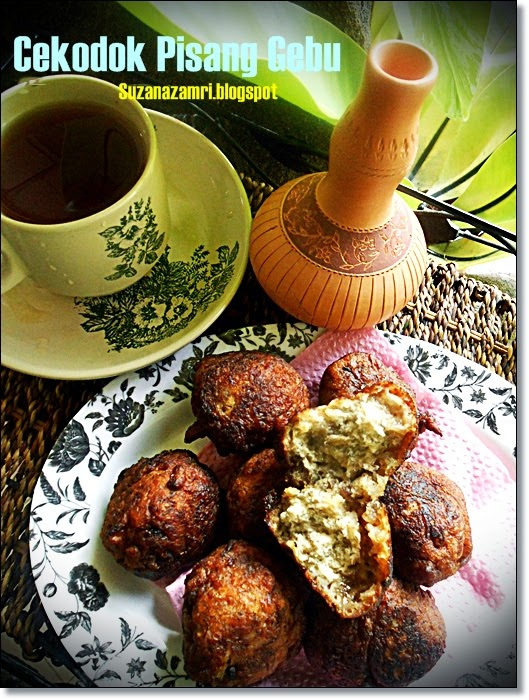 ..Cooking with soul.....: CEKODOK PISANG GEBU