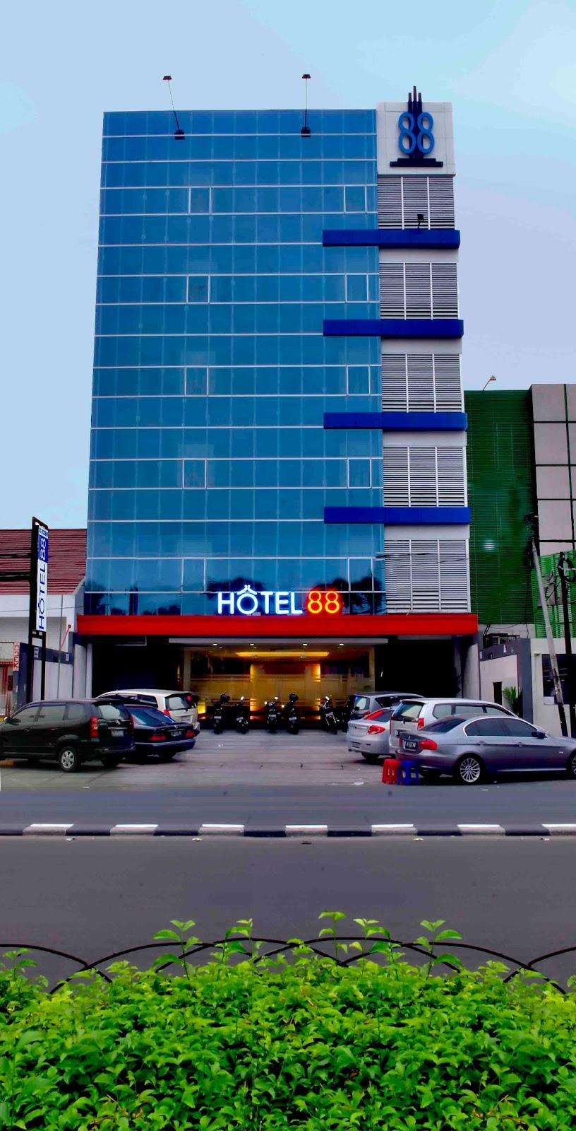 Hotel 88 Depan RS Husada