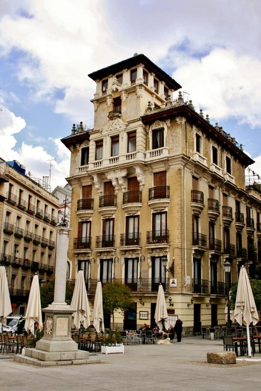Anda mira madrid entre la calle mayor y la gran v a - Casa ricardo madrid ...