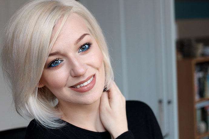 Zoe newlove make up artist beauty blogger hair for 2 blond salon reviews