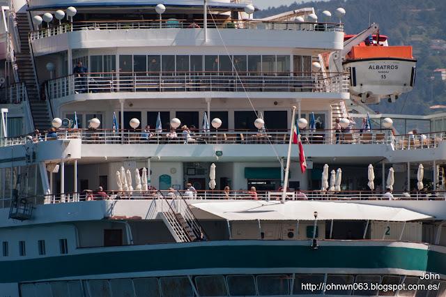 albatros, passengers ship, puerto de Vigo