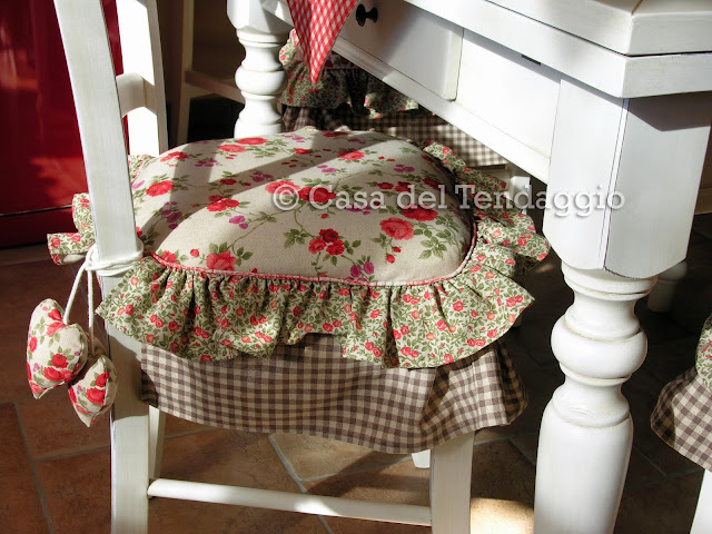 Tendenzialmente country cuscini country per sedia for Cuscini sedie cucina country