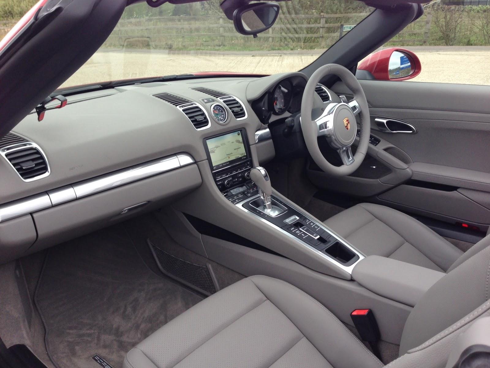 2014 Porsche Boxster S interior