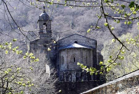 Monasterio de Caaveiro en las Fragas do Eume