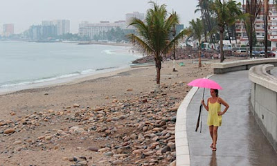 beach_in_Puerto_Vallarta_Mexico_hurricane_danger_recent_natural_disasters