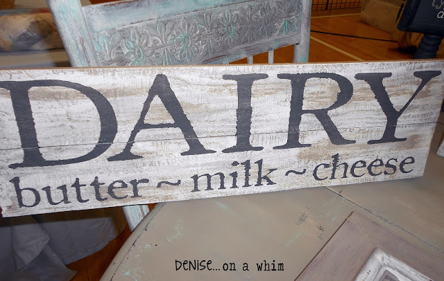 Farmhouse Kitchen Sign via http://deniseonawhim.blogspot.com