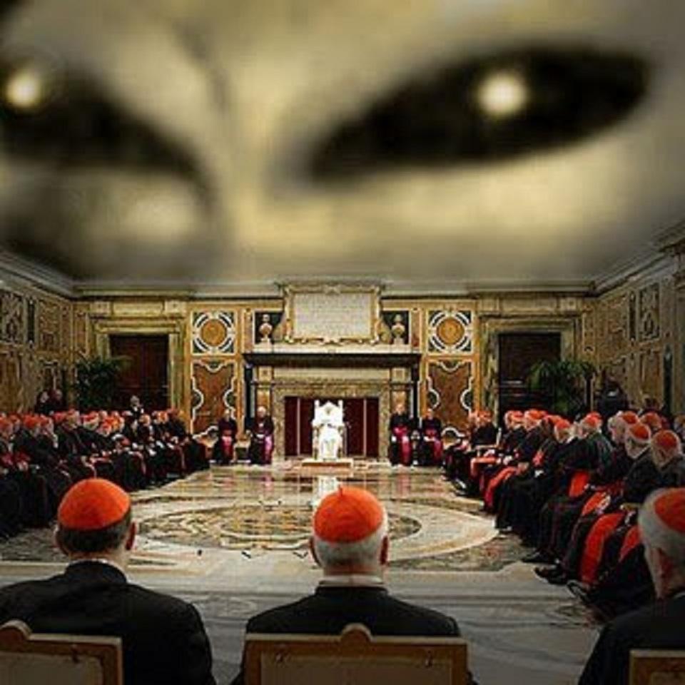 Los extraterrestres y sus conexiones secretas con el - Le finestre sul vaticano ...