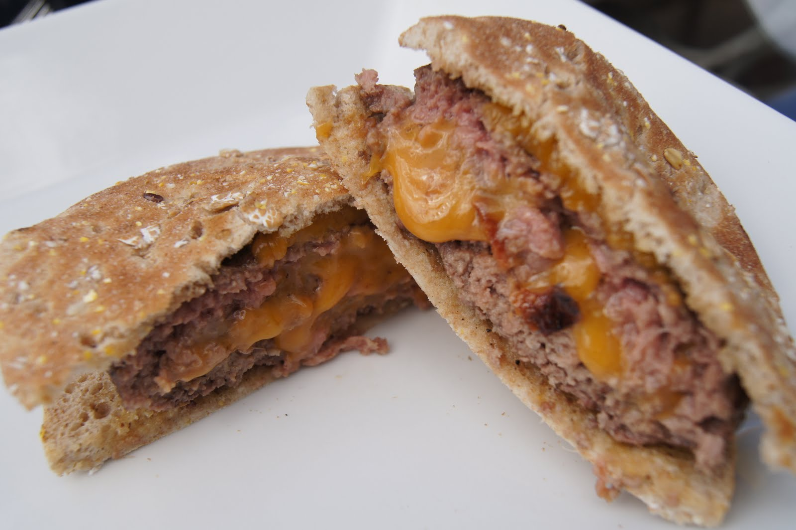 Honest And Truly!: Tasty Tuesday- Bacon Cheddar Stuffed Burgers