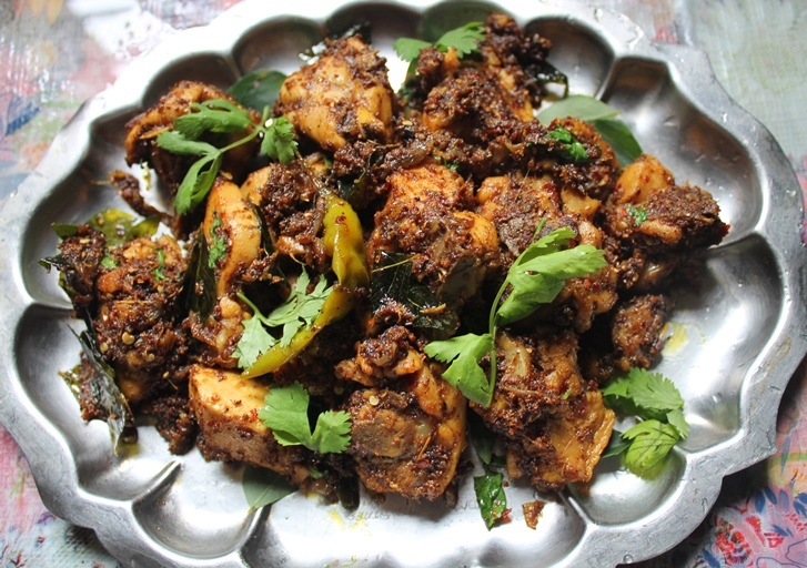 Chettinad Chicken Roast Recipe - Yummy Tummy