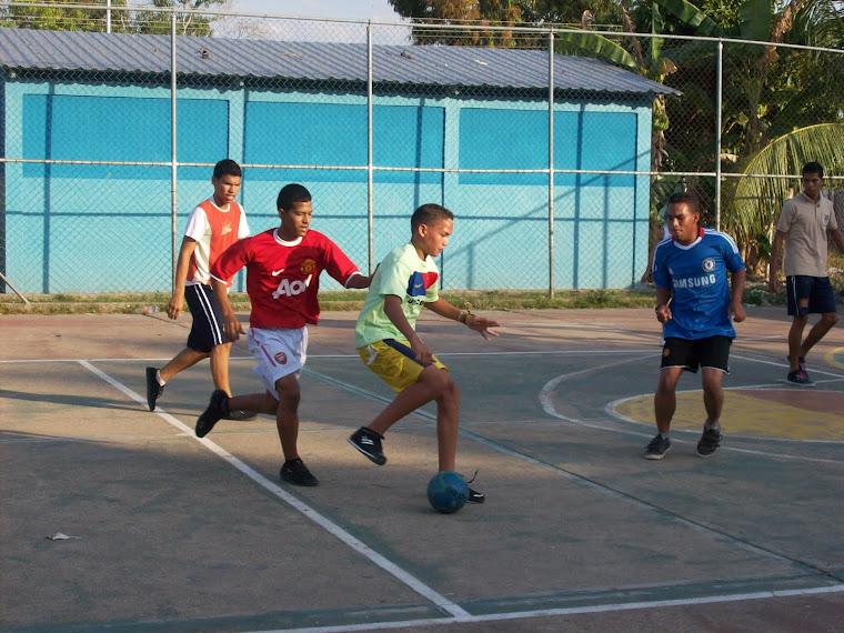 CAMPEONATO DE FÚTBOL SALA : AÑO INTERNACIONAL DE LA QUÍMICA