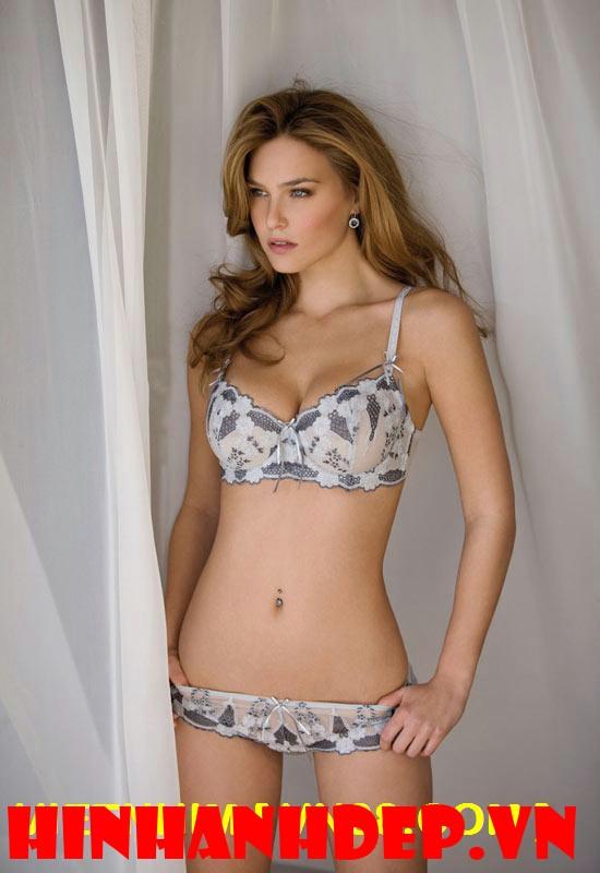 hình nền đẹp nữ hoàng Bikini 3