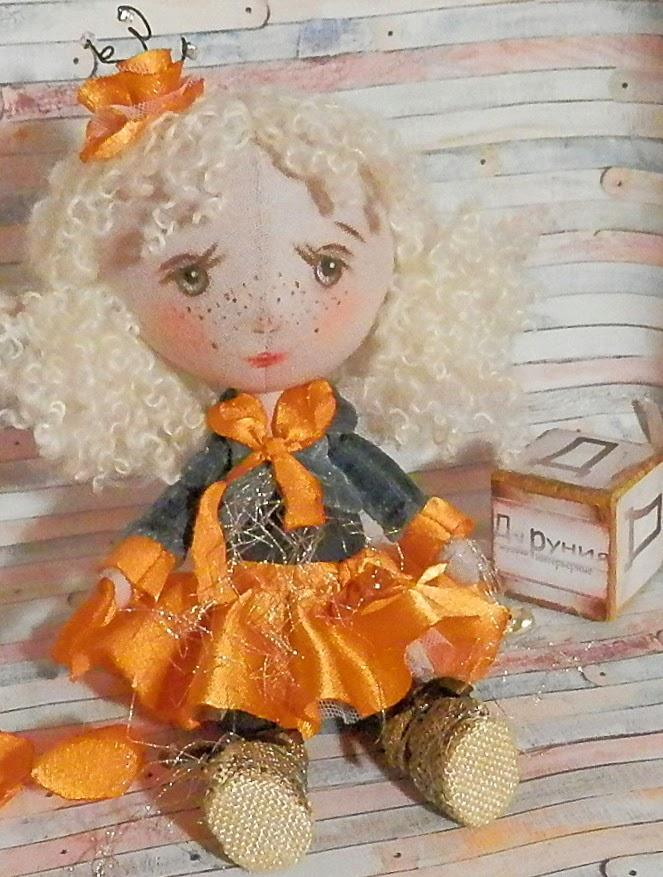 кукла-малышка