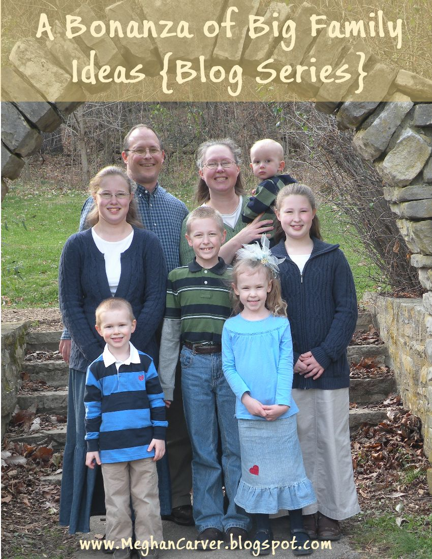Large Extended Family Photo Ideas Big family idea bonanza seriesLarge Family Photo Ideas