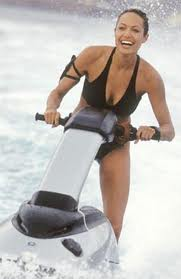 Angelina Jolie Water Skiing!