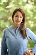 Lakshmi manchu new photo shoot-thumbnail-13