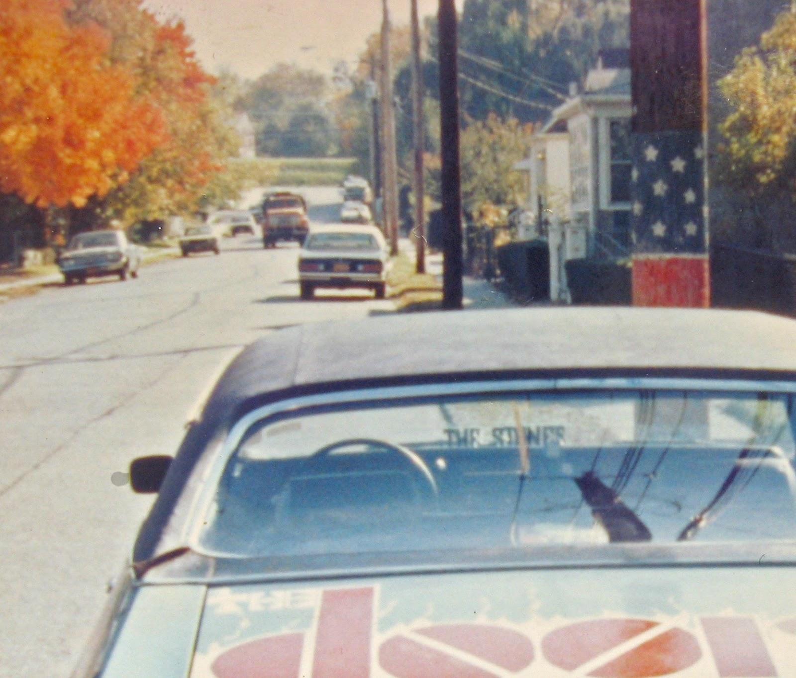 Simonson Ave & a piece of the Doorsmobile