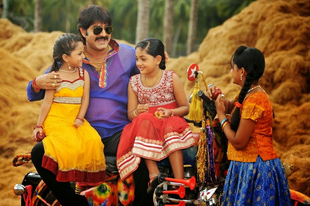 Govindudu Andarivadele Movie Latest Stills | Ram Charan