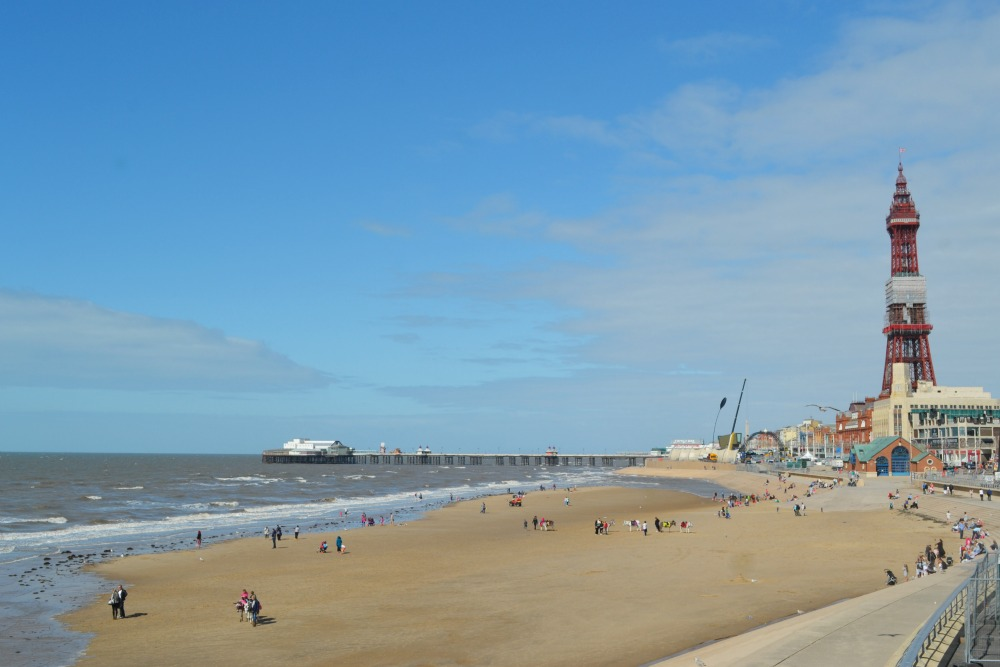 blackpool beach tower prom summer
