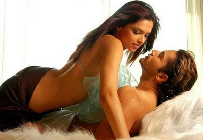 Deepika Padukone Kissing Pictures