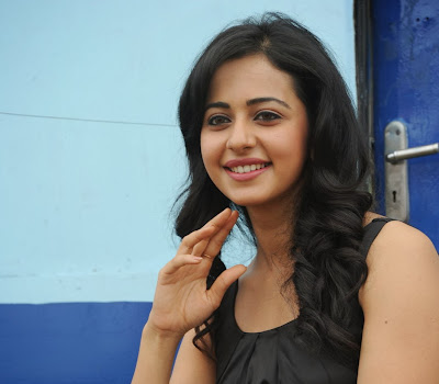 Cute and hot Rakul preet singh at movie press meet