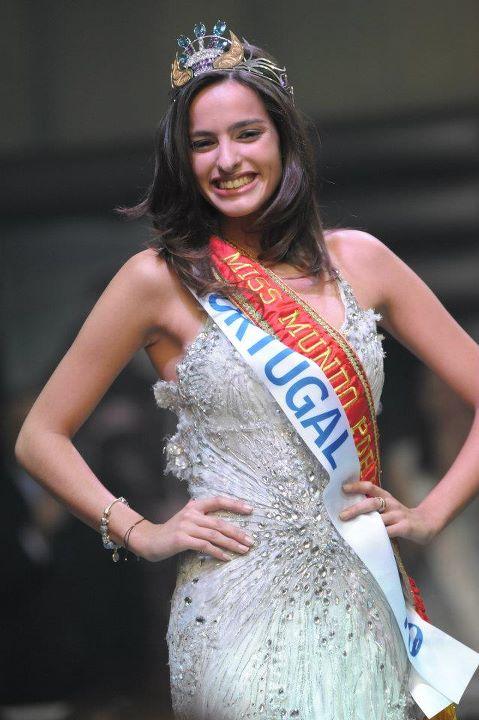 Melanie Vicente Crowned Miss Mundo Portugal 2012