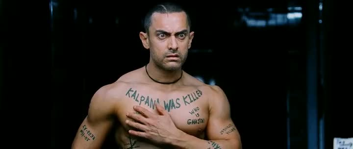 Screen Shot Of Hindi Movie Ghajini (2008) Download And Watch Online Free at worldfree4u.com
