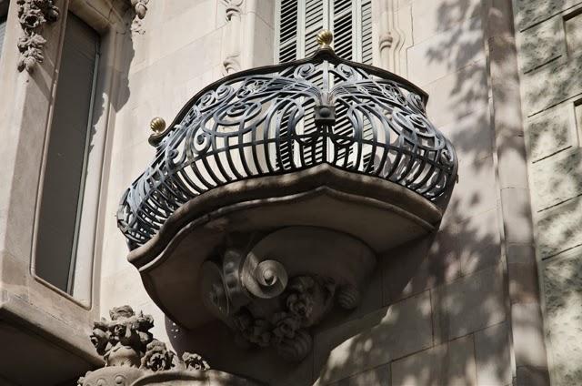 Casa Comalat Barcelona: Balcony [enlarge]