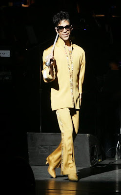 Prince looks good in yellow