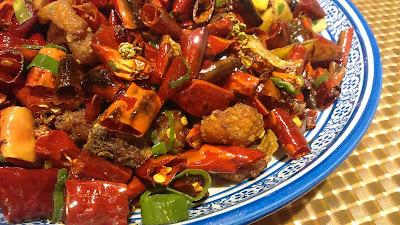 【食】滿枱紅惹味川菜*銅鑼灣 四姐川菜