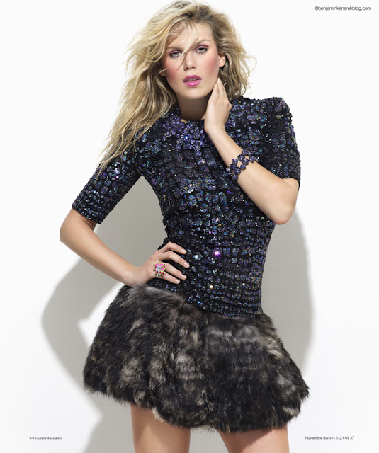 Alexandra Richards sexy in dress