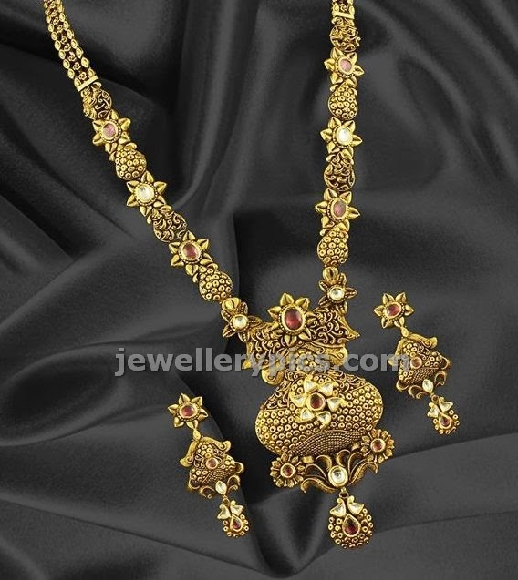 Antique Gold N Jadtar Set: Rajwadi Set With Jadtar Antique Oxidise Work