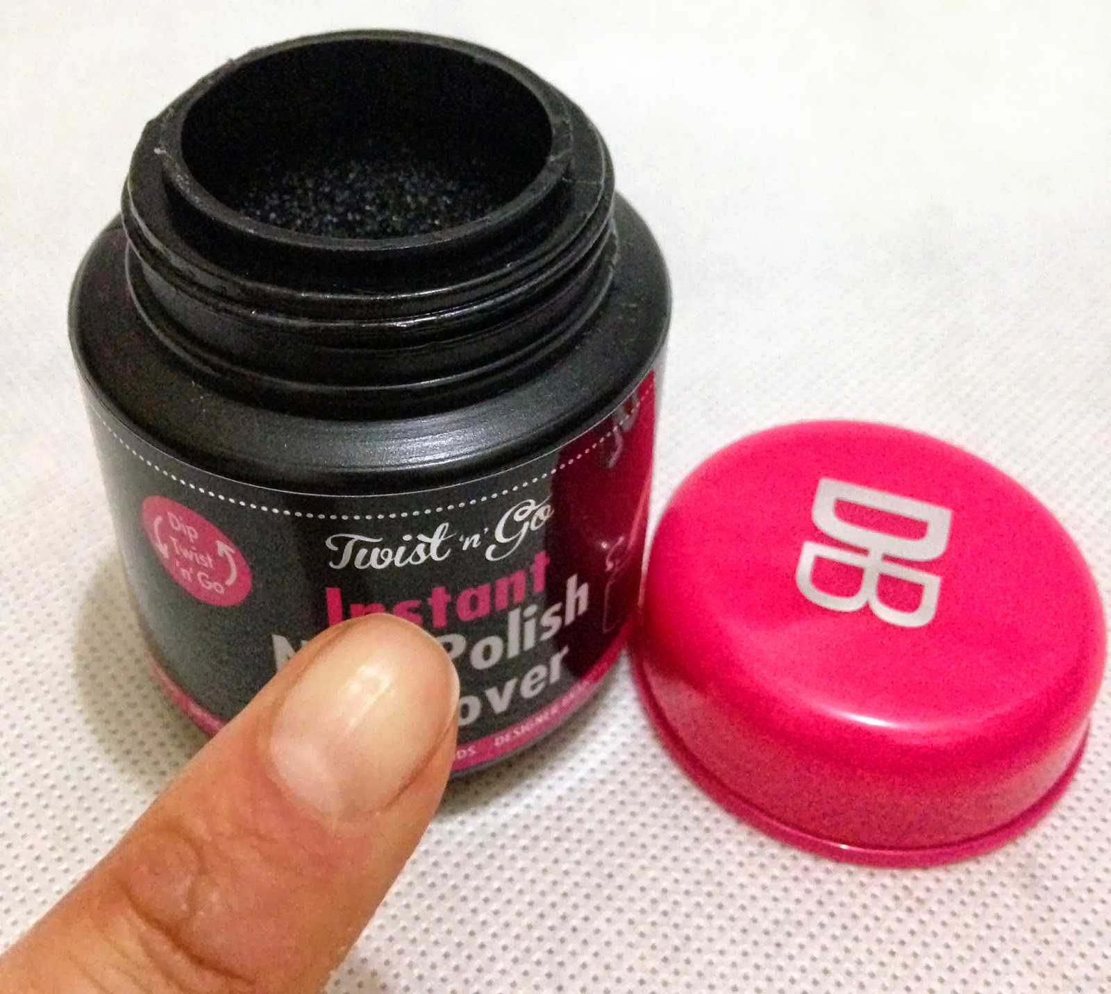 How Long Does Nail Polish Remover Last: Substance For Belle.: Twist 'n' Go Instant Nail Polish Remover